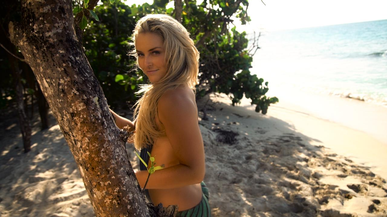 These GIFs Will Make You Even More Excited About Lindsey Vonn's Return to SI Swimsuit